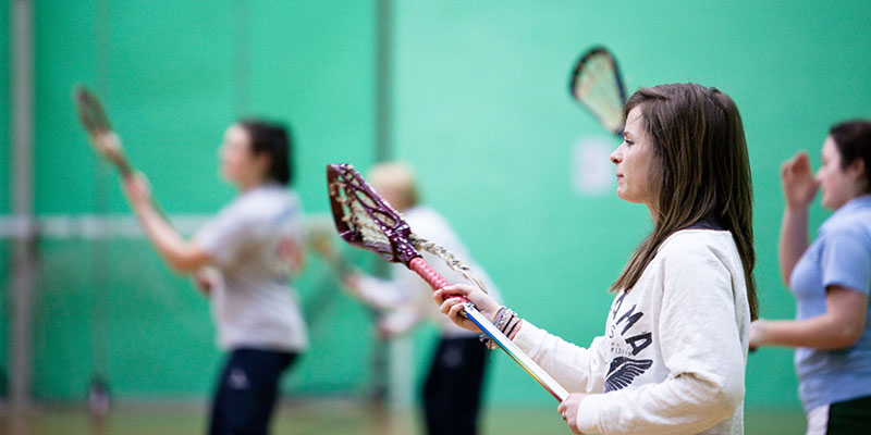 An image of a student taking part in a sport as part of the clubs and societies at the University of Leeds 9702 800X400 1