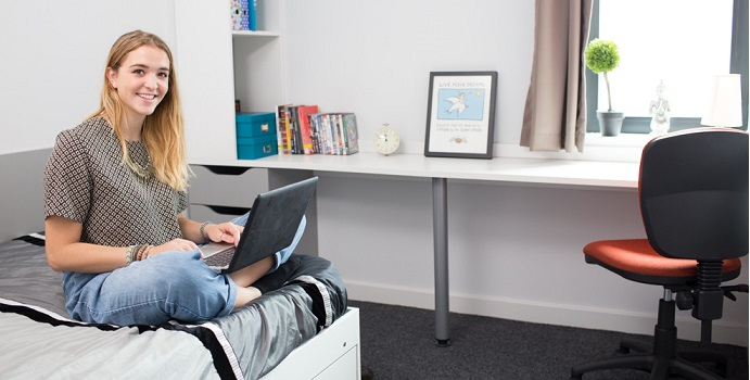 The University of Leeds has a range of student accommodation available to both undergraduate and postgraduate students