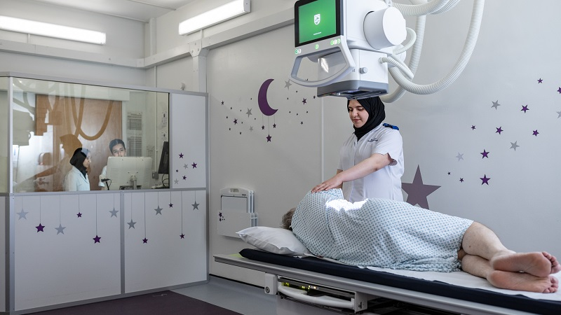 University of Leeds radiography students spend around 40% of their study contact time on clinical placement in hospitals in and around Leeds, Hull, York and Harrogate, including the leeds general infirmary (pictured)