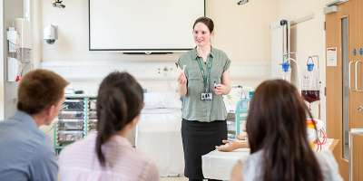 Image representing an academic giving feedback to students at the University of Leeds. Alp 3639 800x400