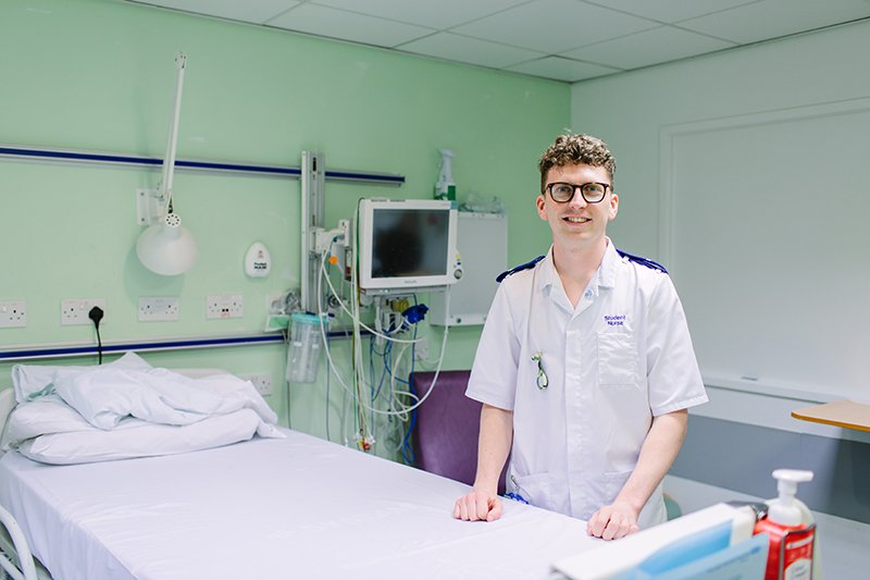 Student nurse pictured on hospital ward